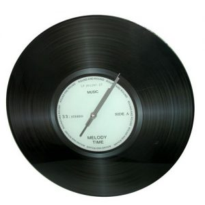 שעון קיר תקליט