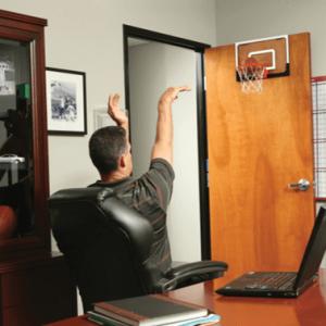 לוח כדורסל משרדי