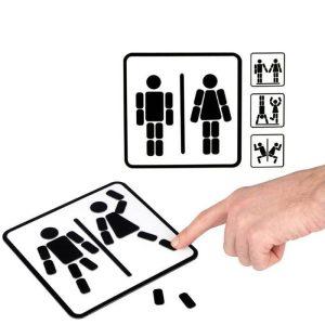 לוח מגנטי לחדר השירותים