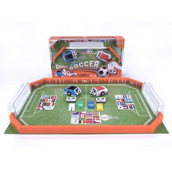 רובוטים משחקים כדורגל
